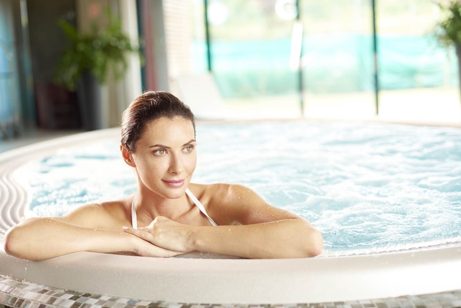 Hot Tub & Spa | Swimming Pool Chemicals Supplier